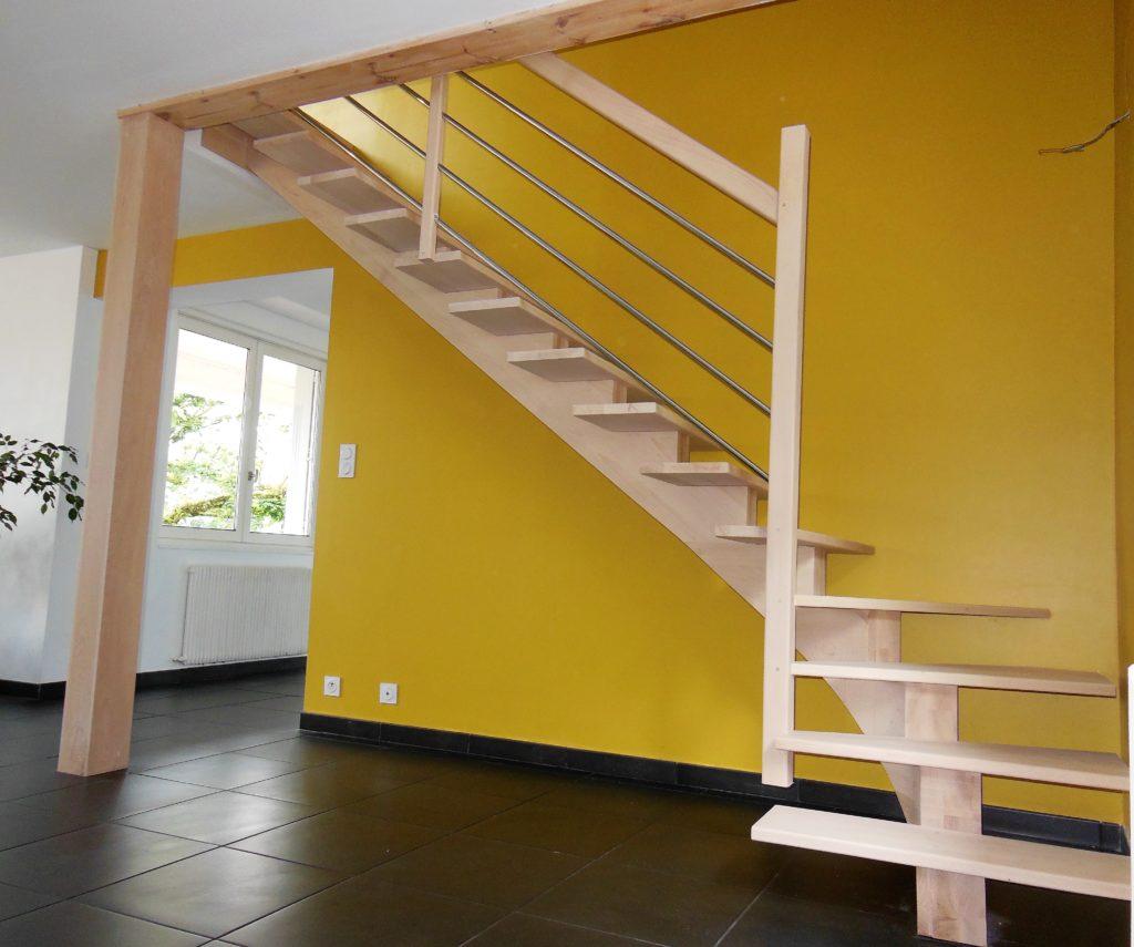 escalier limon central débillardé